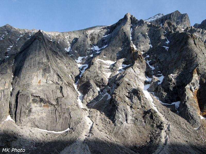 Закатные скалы