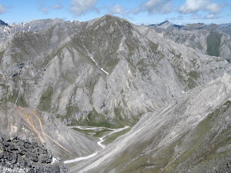 Вид вниз с перевал Поиск
