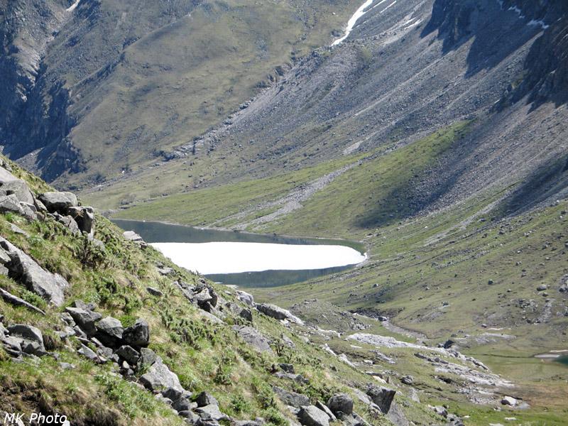 Среднее озеро на Архате