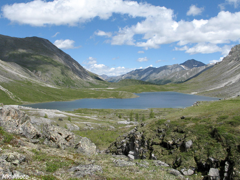 Вид на нижнее озеро сверху
