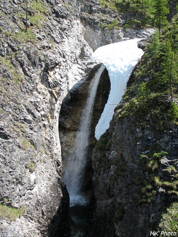 Водопад на Мраморном ручье