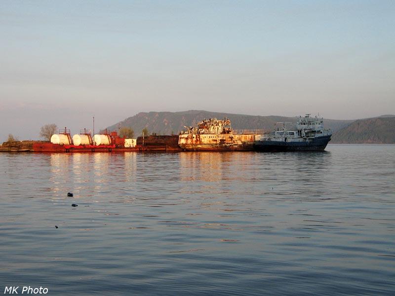 Рассвет в порту Байкал
