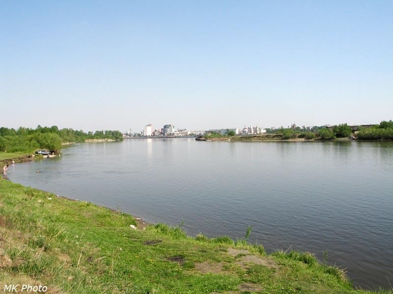 Вода в Иркуте уже прогрелась для купания