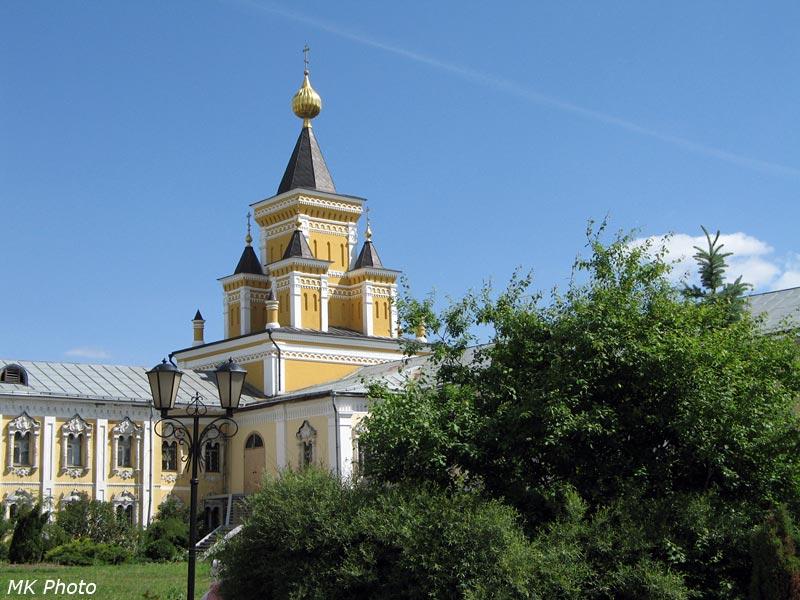 Храм иконы Божией Матери Всех скорбящих Радосте при больнице