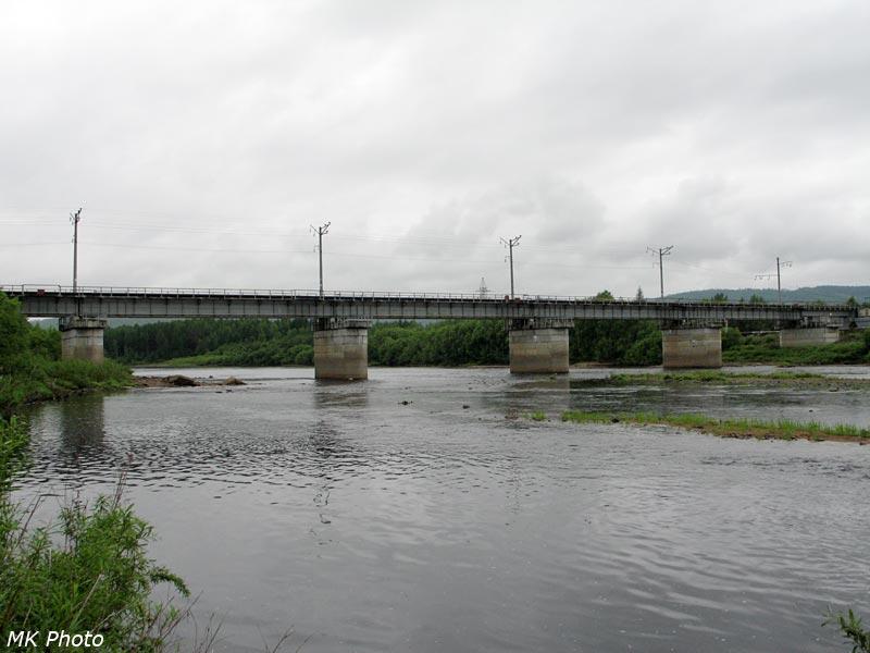 Мост через р. Тында на БАМе