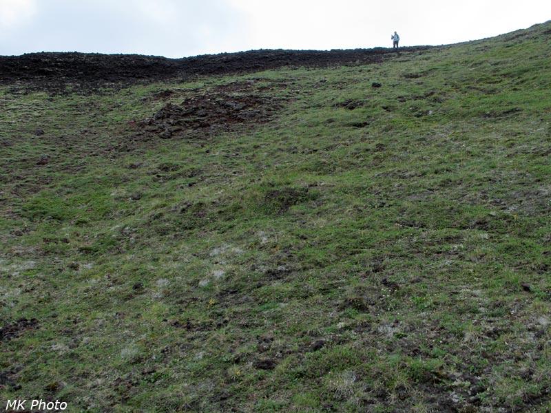 Вид на Катю со дна кратера