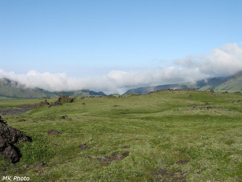 Облачный пояс у долины р. Камчатка