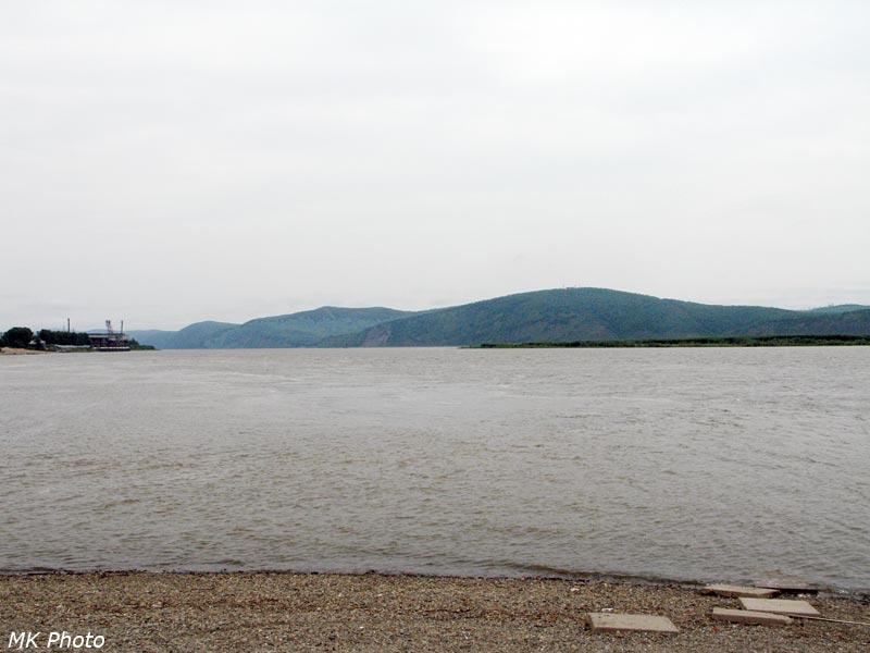 Вид на Амур вниз по течению