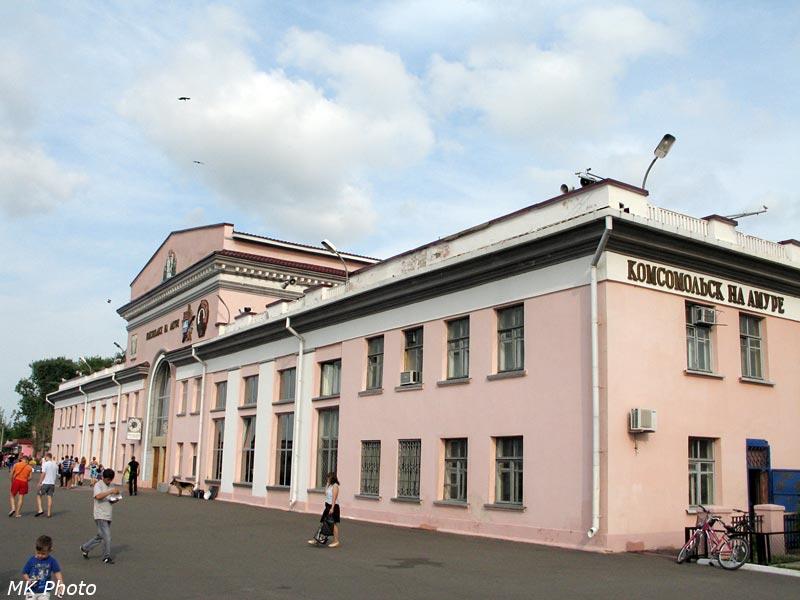 Вокзал, вид с перрона