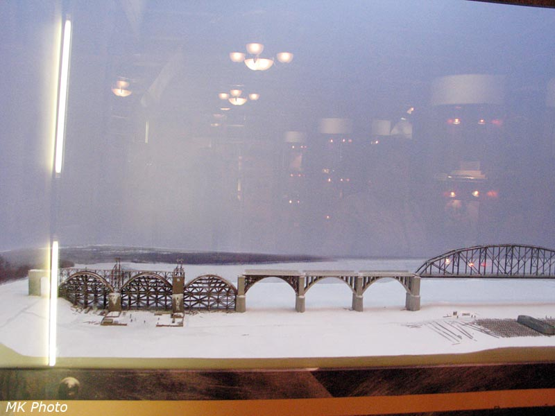Диорама строительства Амурского моста