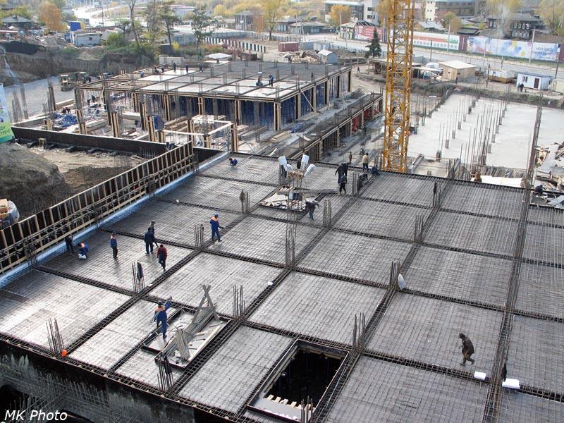 Строительство торгово-развлекательного комплекса