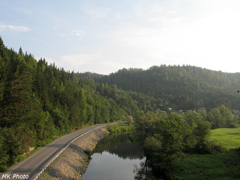 Вид на р. Сим с моста