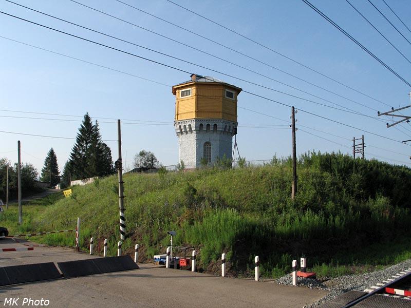Водонапорная башня на ст. Улу-Теляк