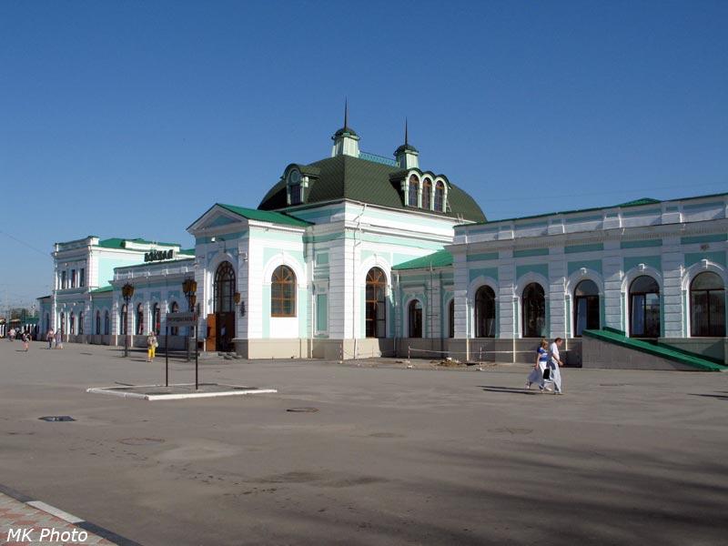 Вокзал с привокзальной площади