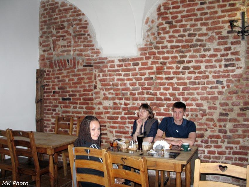 Ужин в старинных стенах