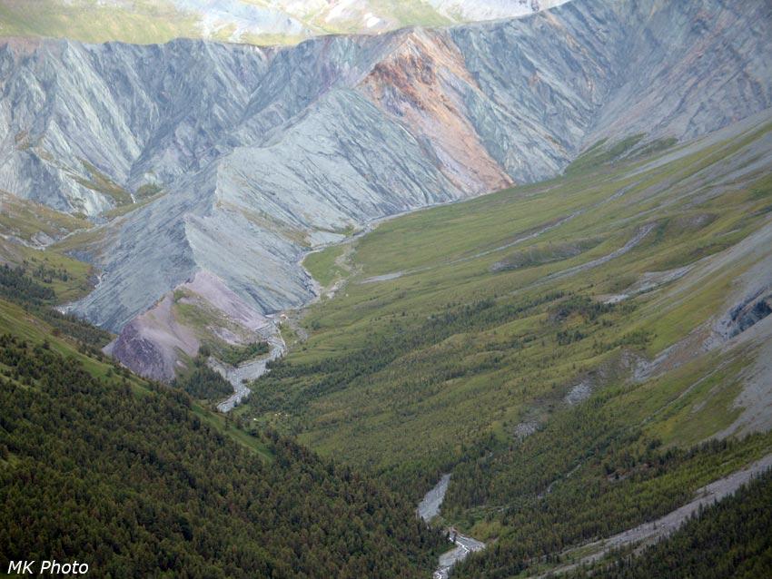 Ярлу: урочище и раздвоенная долина