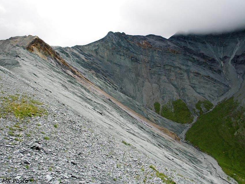 Верховья Левого Ярлу, вид с гребня