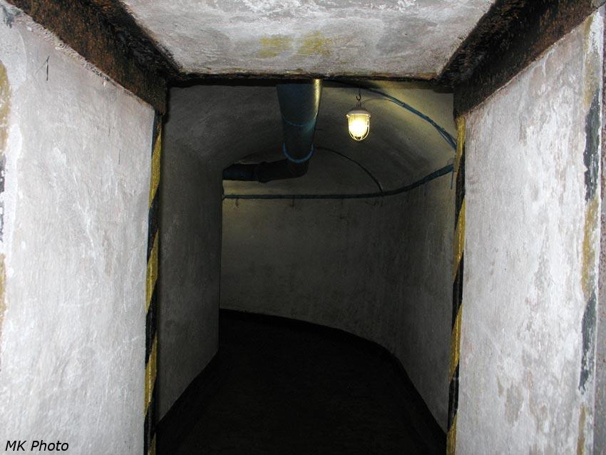 Коридор вокруг противоядерной двери
