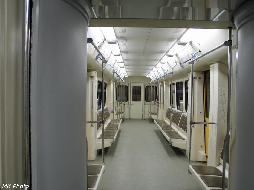 Пустынное московское метро