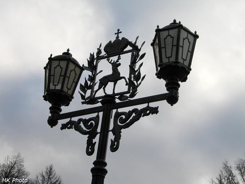 Фонарь с оленем - символом города