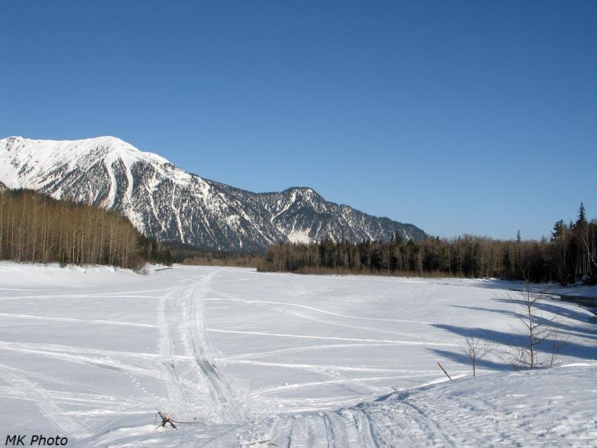 Вид на Снежную от устья Селенгинки