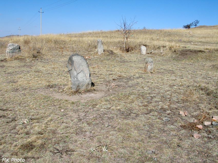 ...и все, даже камни, в пляске кружились
