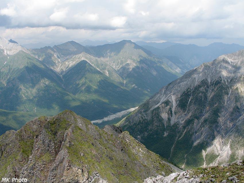 Вид вниз по долине Шумака