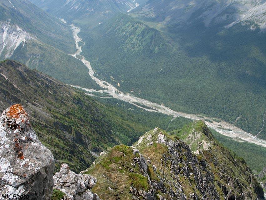 Вид сверху на Шумакские источники