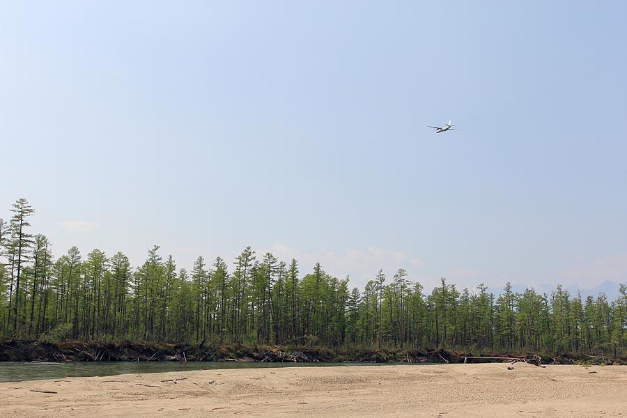 Ан-24 пролетел над Средним Сакуканом