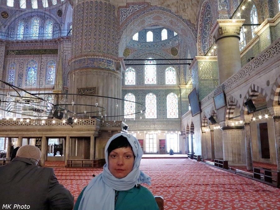 Катя в мечети