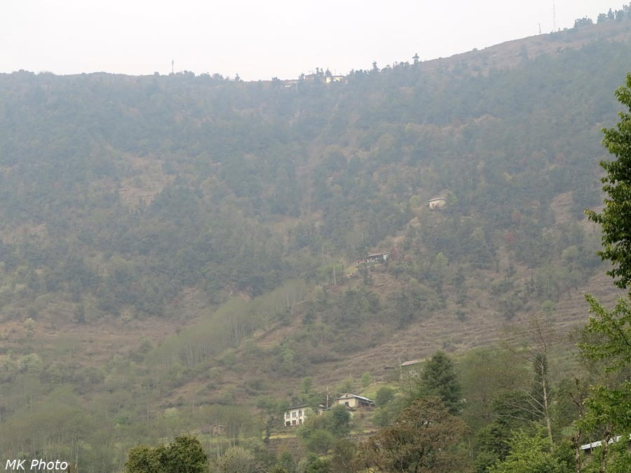 Вид из Бхандара на перевал Деурали