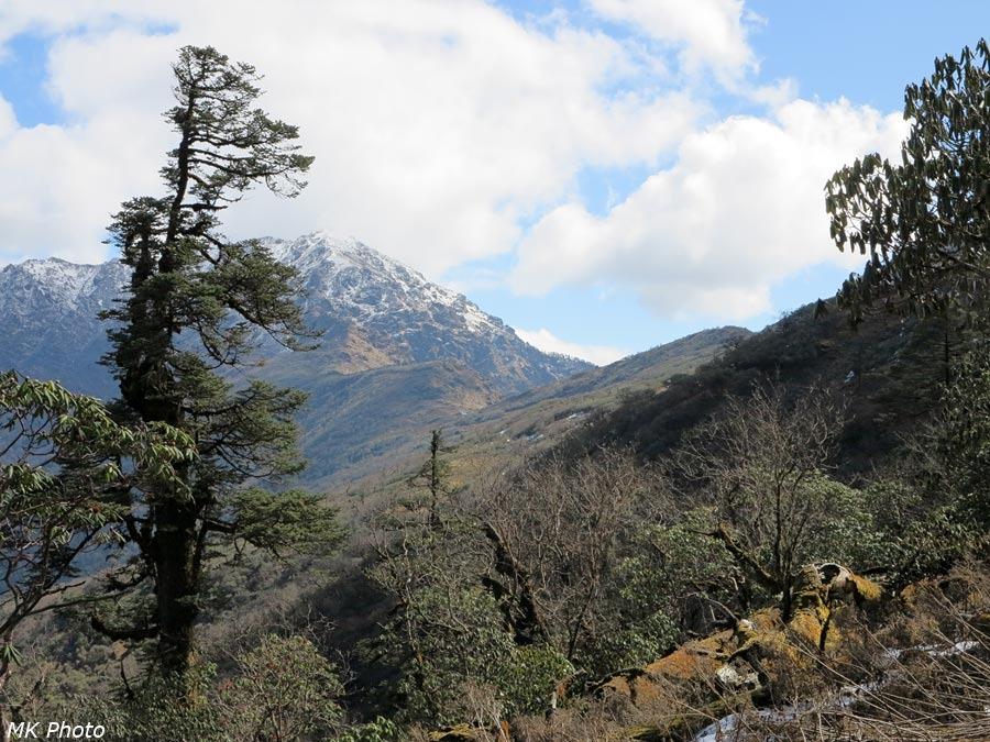 Вид на перевал Ламджура Ла