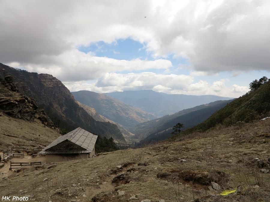 Вид с перевала на восток