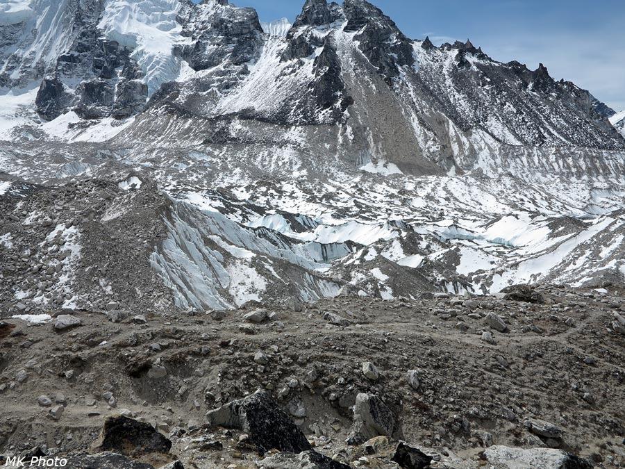 Ледник на склоне Пумо Ри