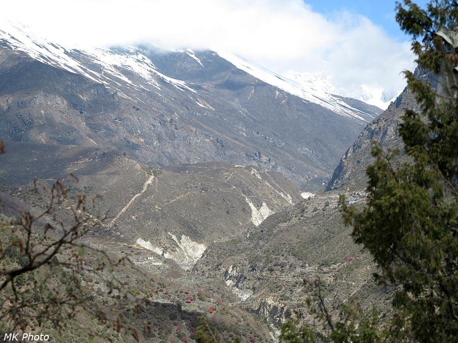 Вид вверх по долине