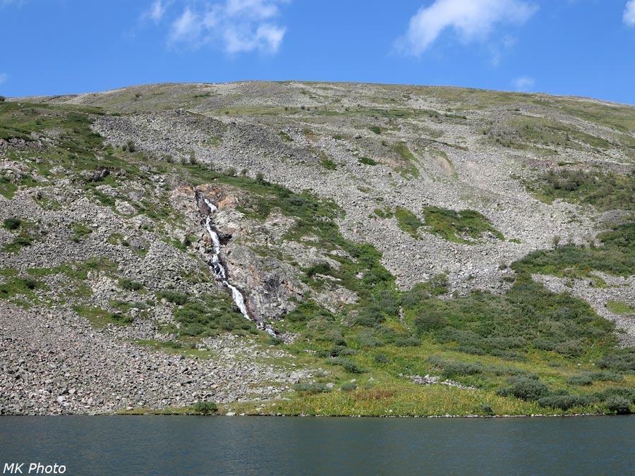 Водопад на притоке Хикушки