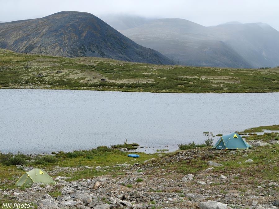 Наш лагерь у оз. Каскадное-1