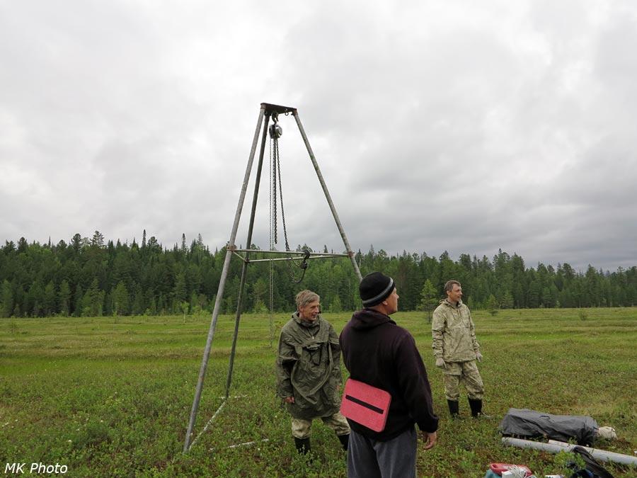 Буровая установка на калтусе Окунёвом