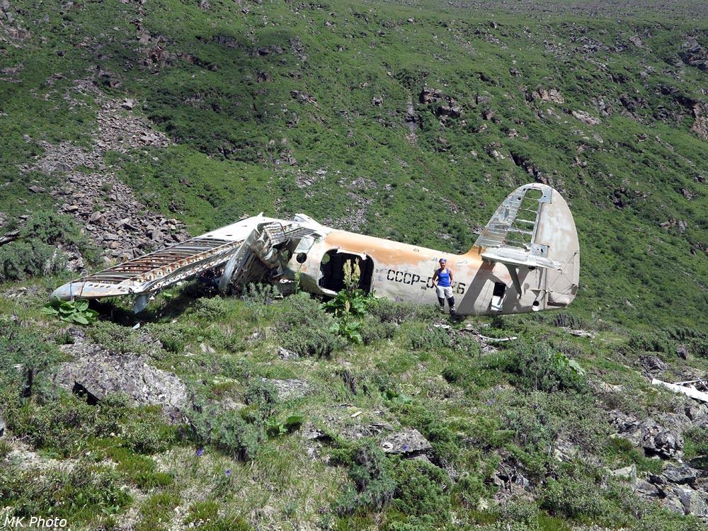 Катя у разбившегося Ан-2