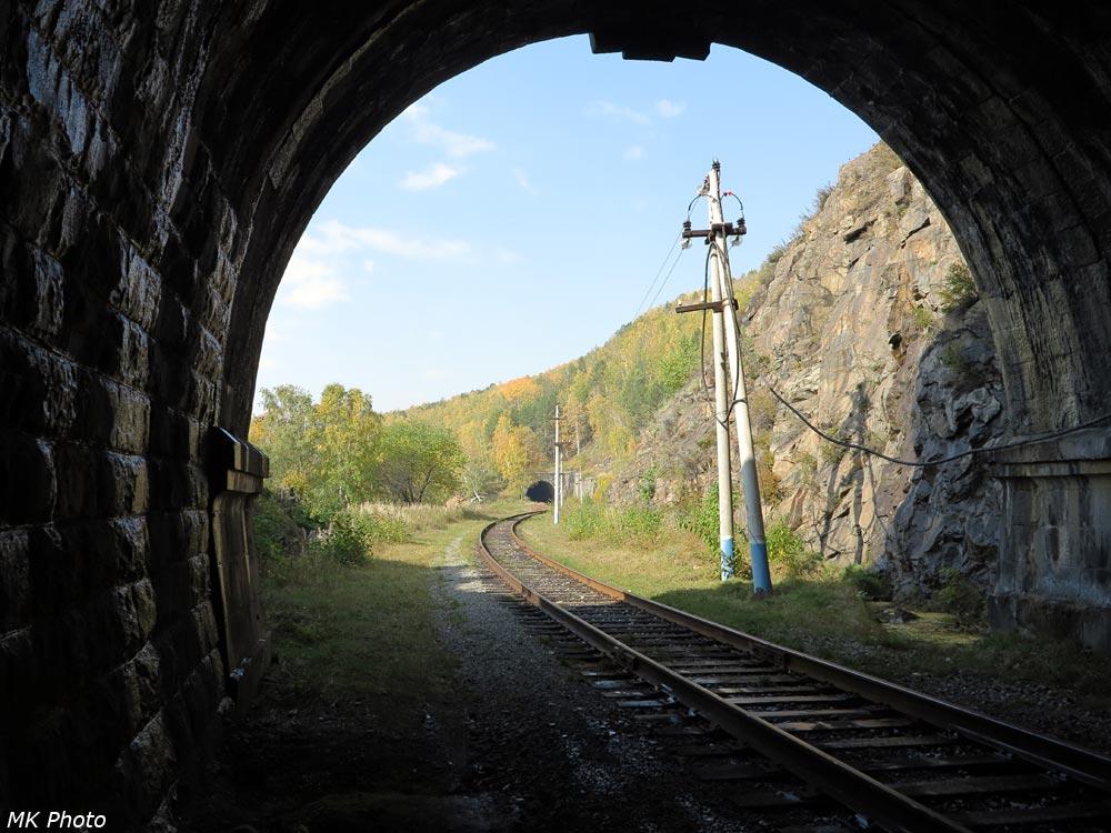 Вид из тоннеля 9-бис на тоннель 10