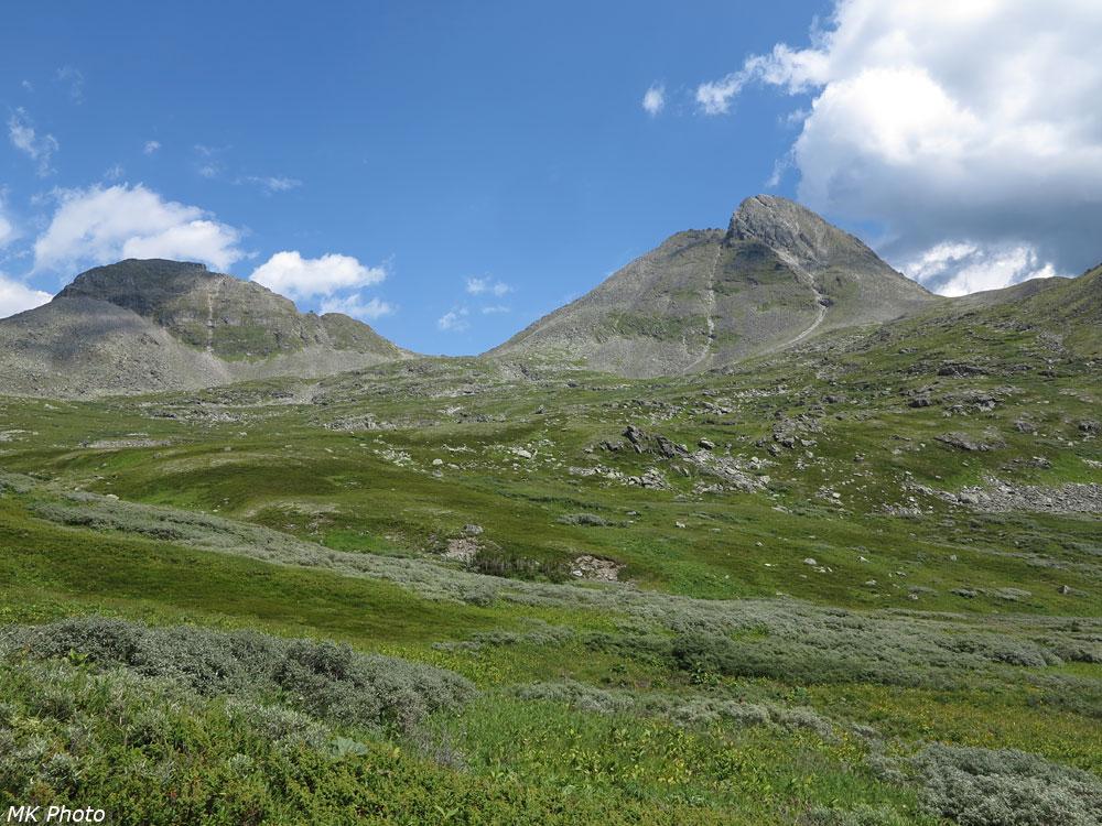 Вид на спуске с перевала