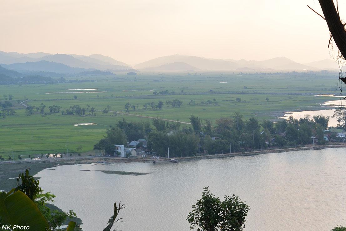 Одна из деревень мнонгов