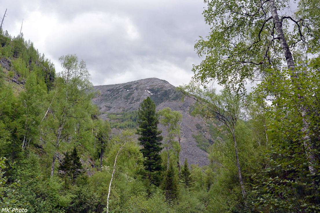 Гора над долиной Сайбата