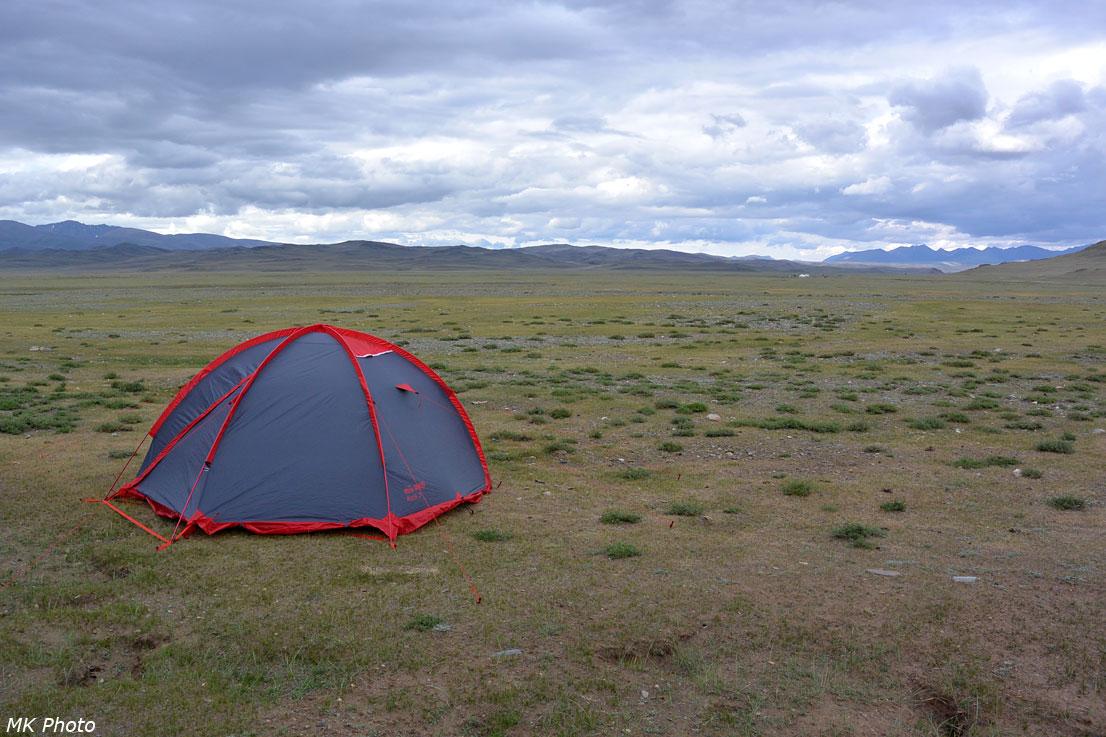 Палатка в Чуйской степи
