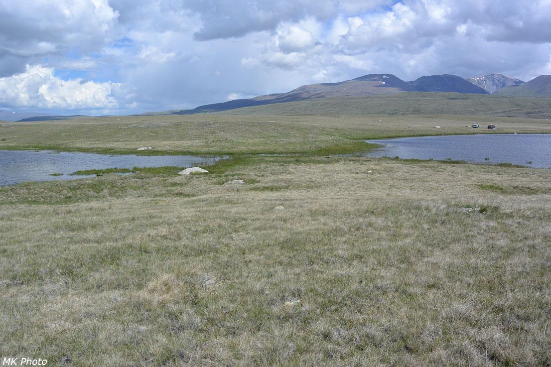 Узкая протока между двумя частями оз. Баран-Куль