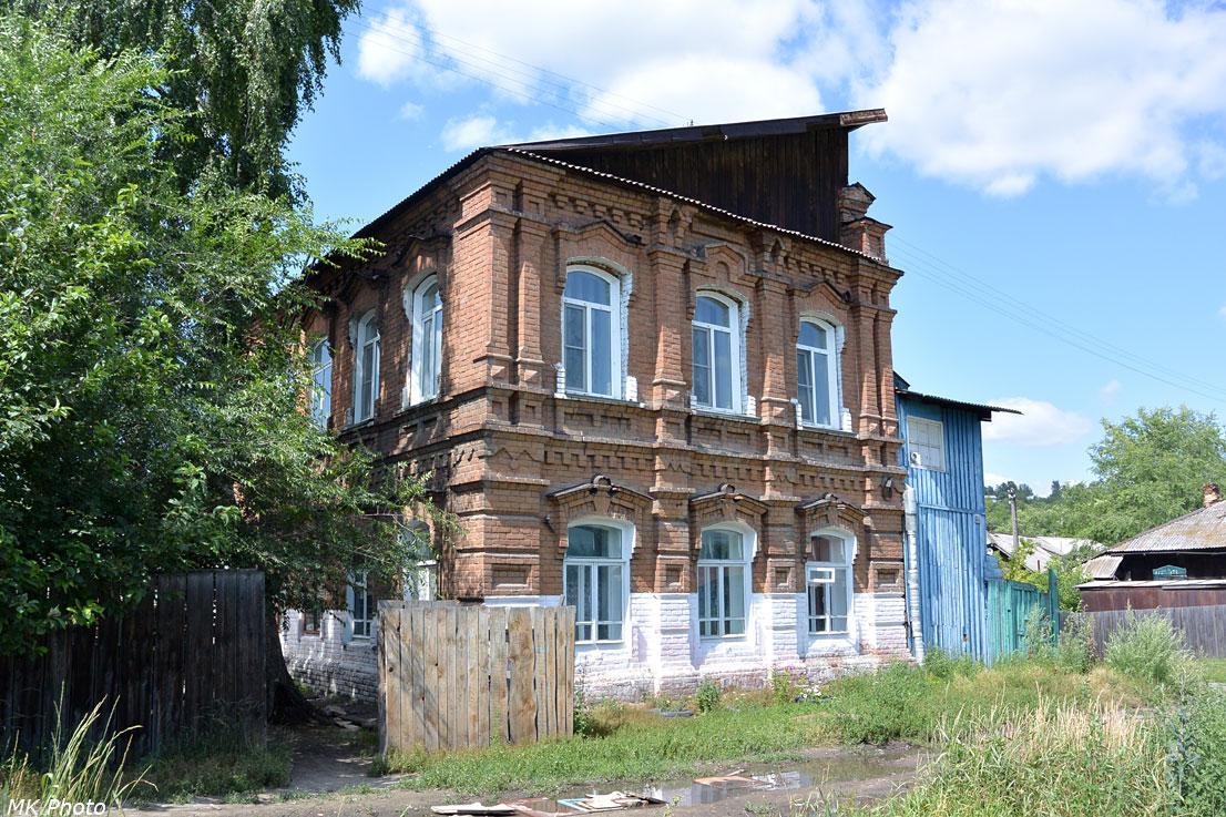 Трамвай на ул. Ленина