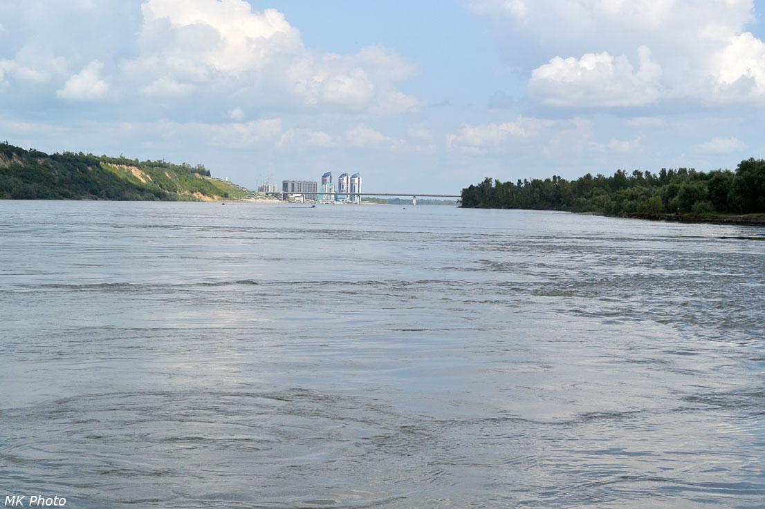 Новый мост и ЖК Аквамарин