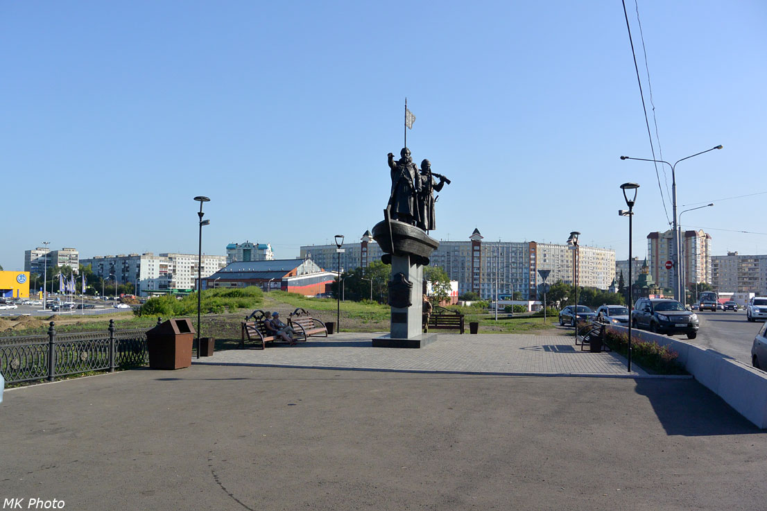 Памятник первопроходцам