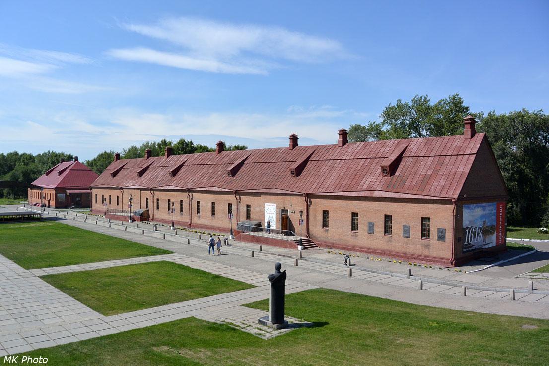 Солдатская казарма и обер-офицерский дом
