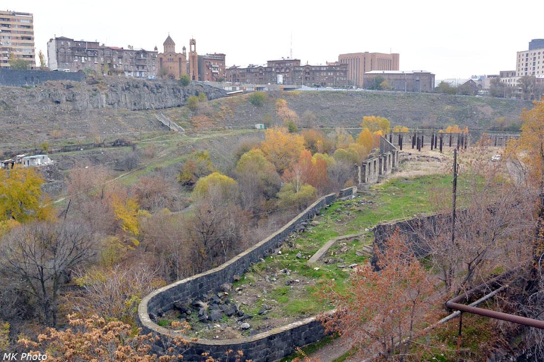 Разданское ущелье недалеко от моста Победы
